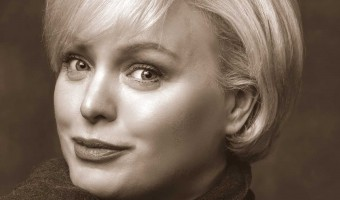 Remembering Blossom Dearie with Zoe Francis and the Jim Mullen Trio.